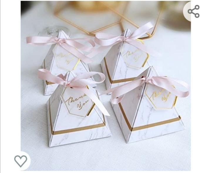 100 boîtes à dragées triangulaires avec ruban et étiquettes de remerciement de style européen