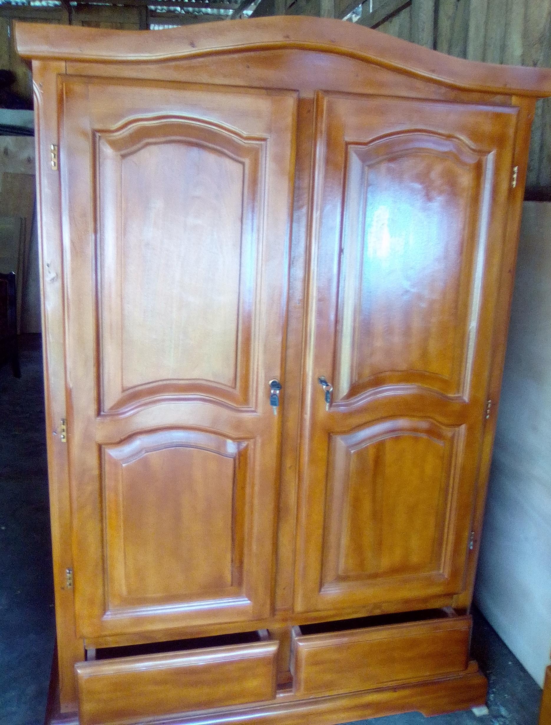 Grand armoire