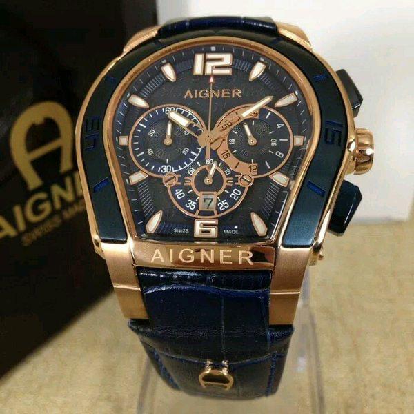 Montre chronographe Aigner avec bracelet en cuir véritable