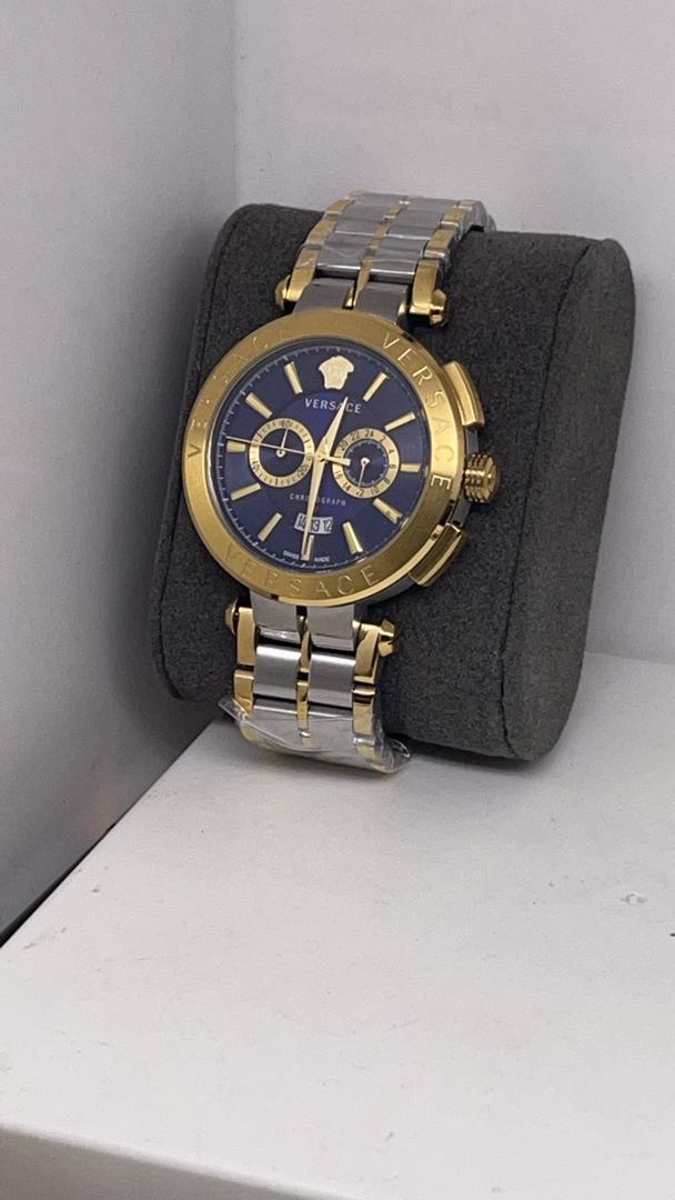 Montre homme Versace avec bracelet en métal Aion Chronograph Gold cadran bleu unique