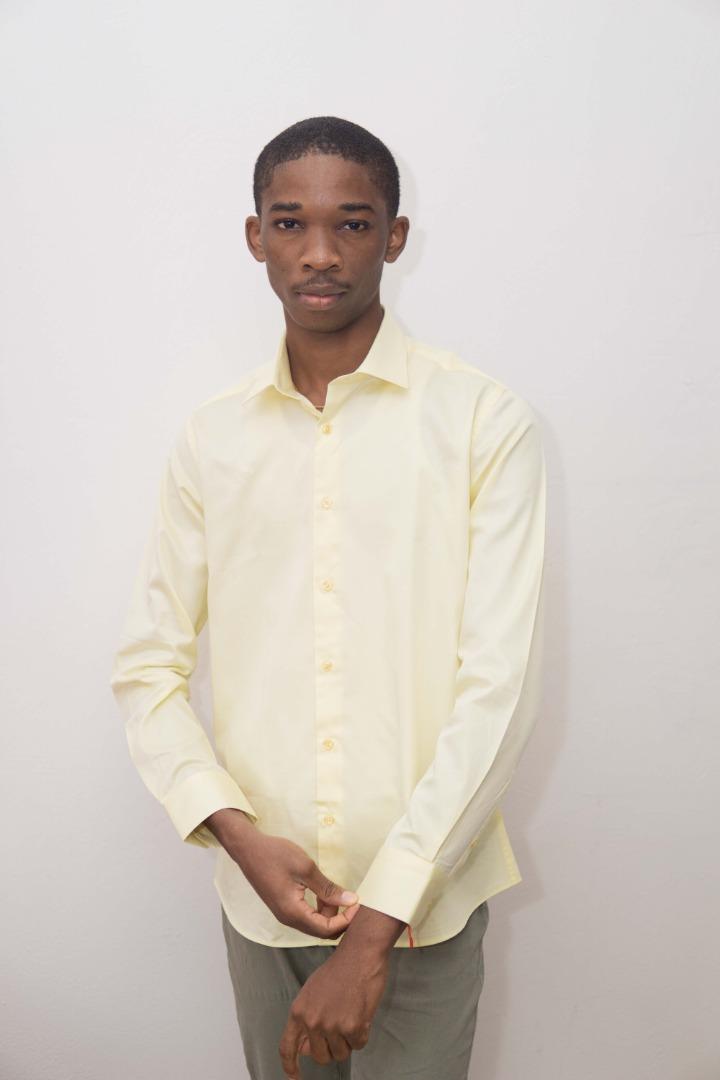 Chemises unie en coton homme
