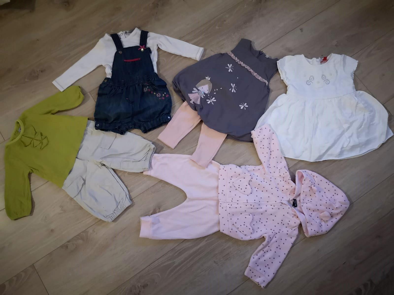 Lot  5 tenues bébé 6 mois