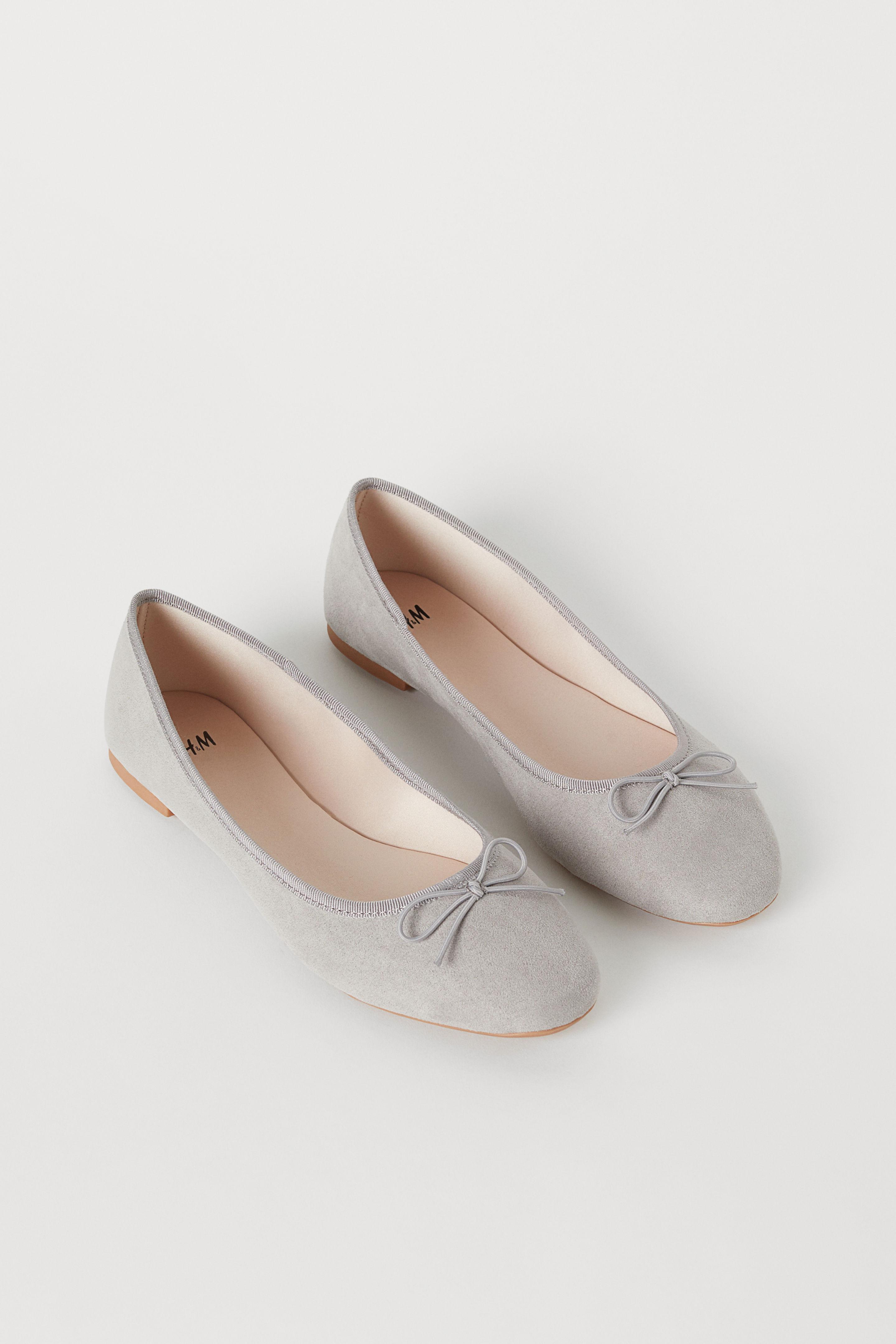 H&M Ballerines classiques gris clair style décontracté
